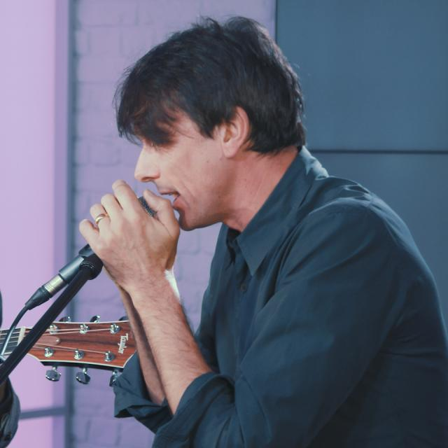 Live Music Thursday: Suede in Session